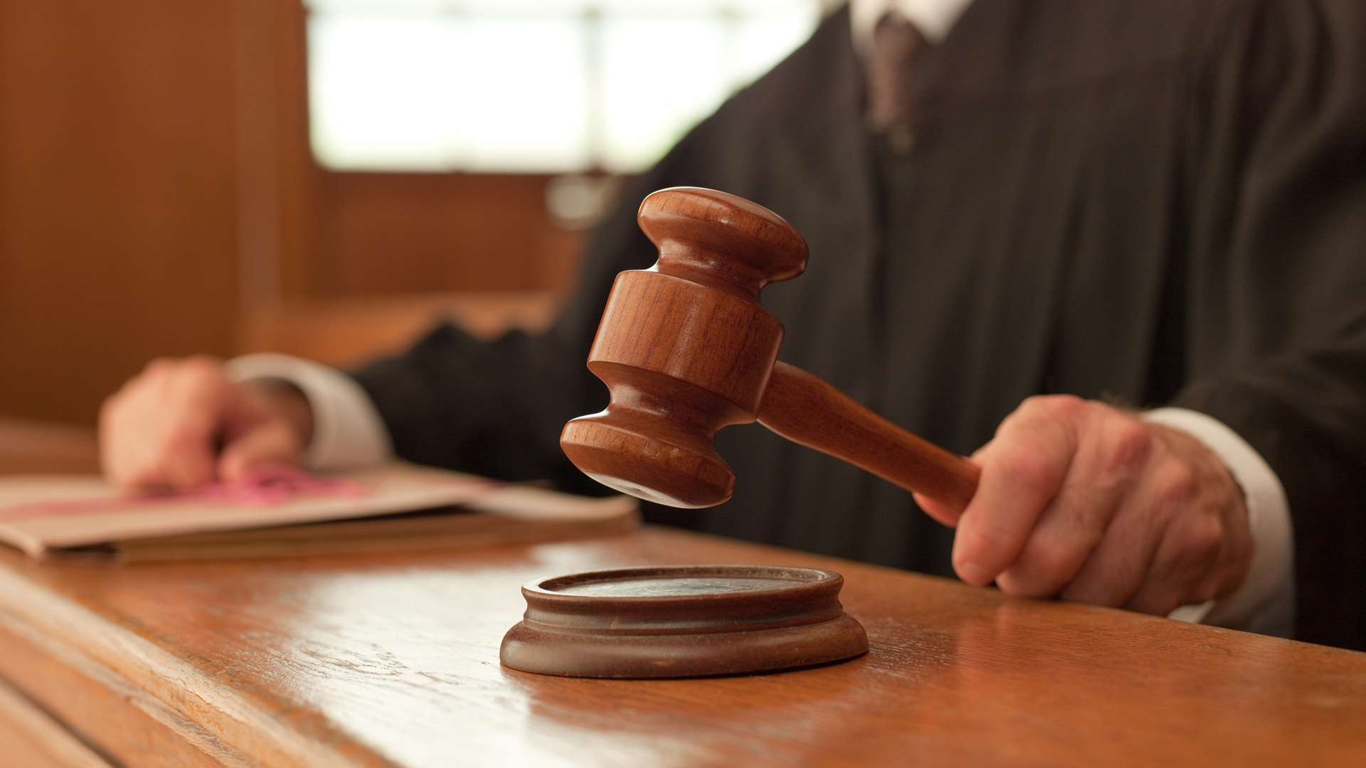 What if AV Freelancers Filed a Class Action Lawsuit?